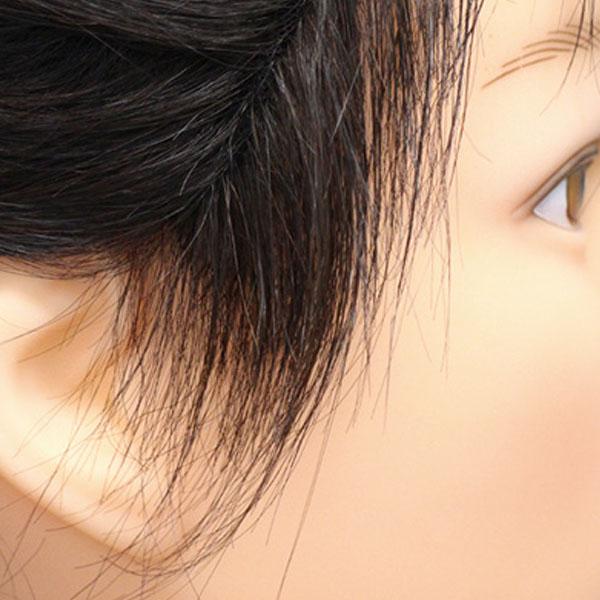 髪型に合わせて作るもみあげは、ウィッグっぽさが消せる内容の1つです。