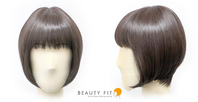 同じ髪型を中くらいの顔サイズで着用したフロントとサイドからのイメージ
