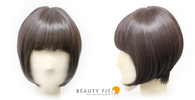 同じ髪型を大きめの顔サイズで着用したフロントとサイドからのイメージ